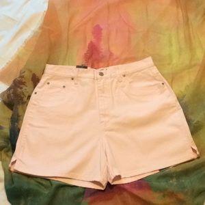 "Halston Jeanswear size 14 shorts and 54"" sq. Wrap"